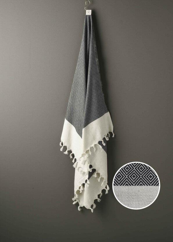 Produktbillede af hammam håndklæde i sort med diamantmøsnter