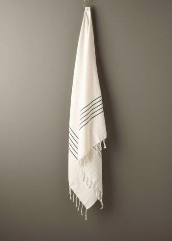 produktbillede af bali i sort stribet strandhåndklæde