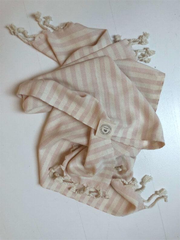 Produktbillede gæstehåndklæde santorini lyserød